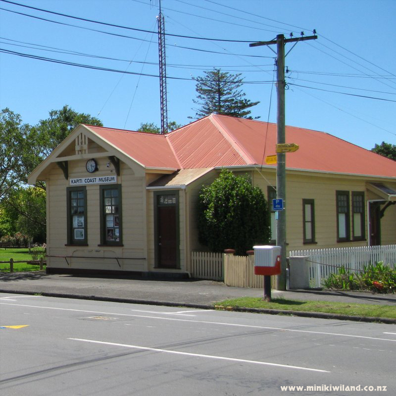 Post Office In Waikanae